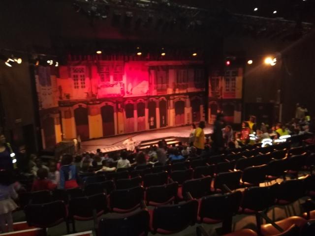 ji-teatro-5